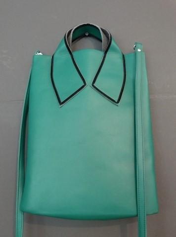 2D Collar-Bag Male