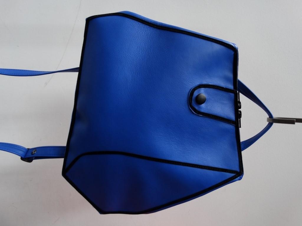 Sara blauw