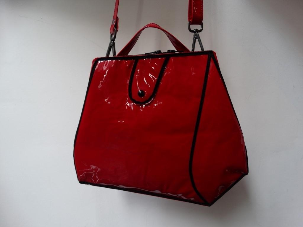 Sara Medium Lakleer rood