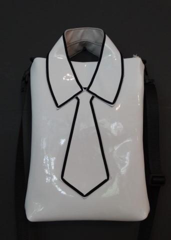 2D Collar-Bag TIE