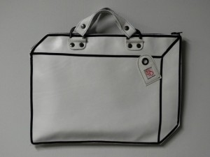 koffer leer wit